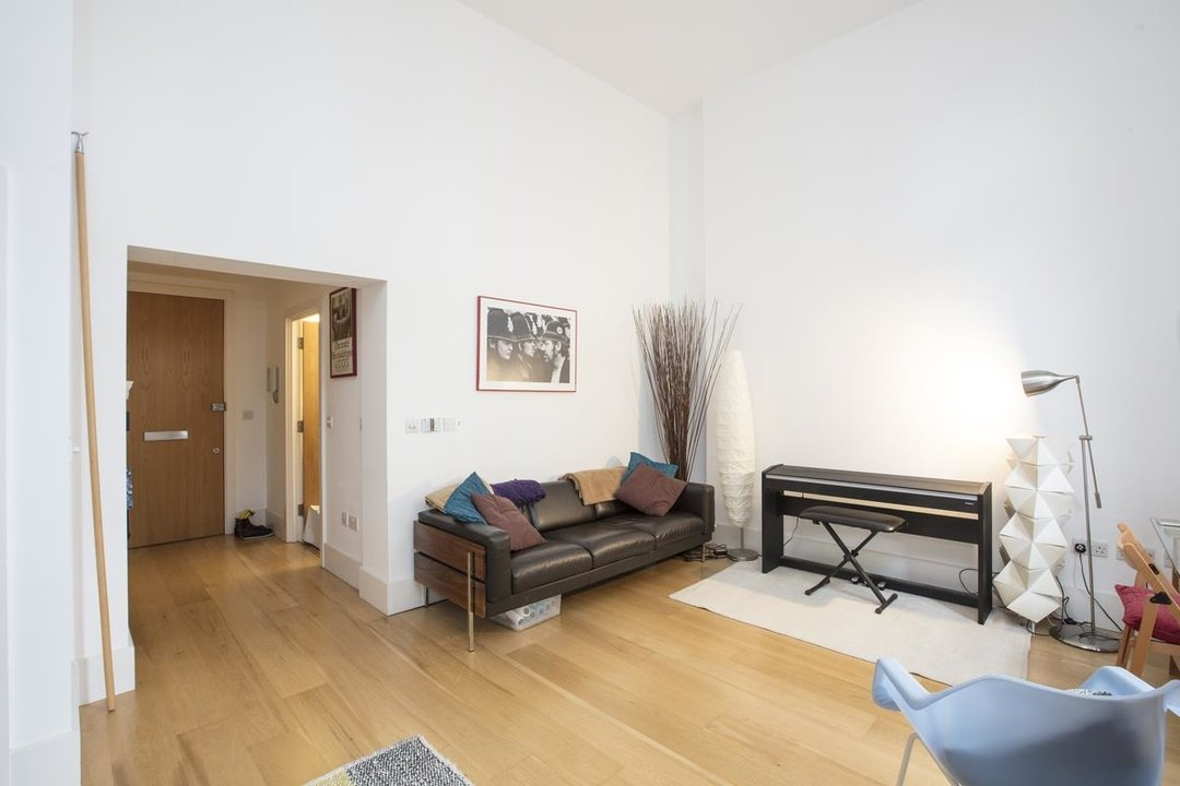 Flat/Apartment For Sale in Camberwell Grove, SE5 222 view6