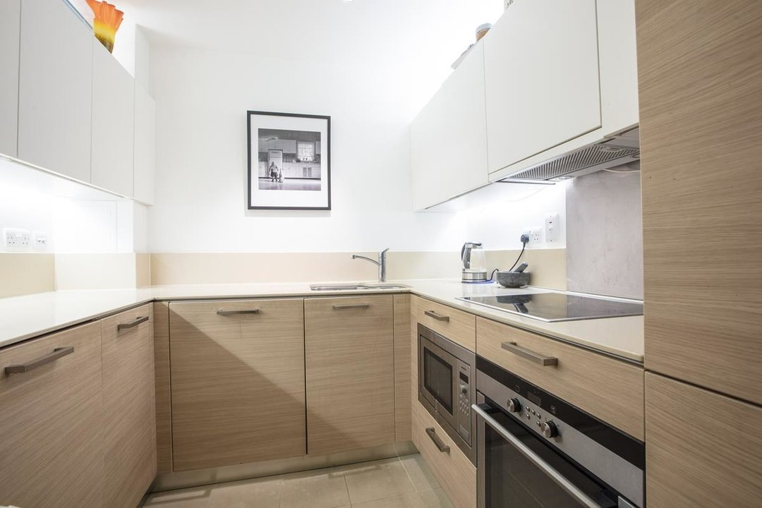 Flat/Apartment For Sale in Camberwell Grove, SE5 222 view4