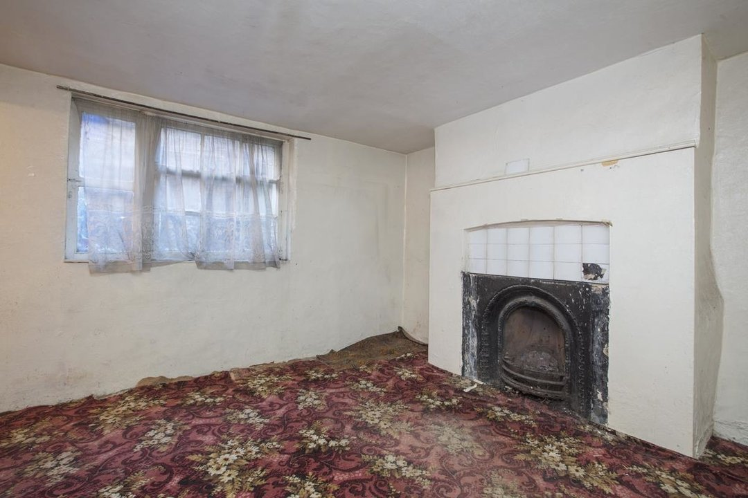 House - Terraced For Sale in Camberwell Grove, SE5 237 view9