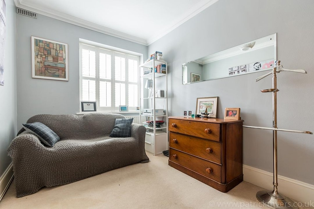 Flat/Apartment Sold in Camberwell Grove, SE5 28 view9