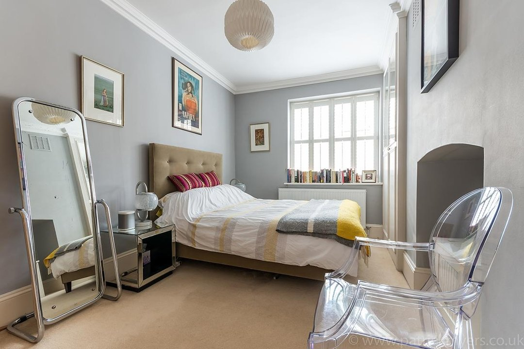 Flat/Apartment Sold in Camberwell Grove, SE5 28 view8