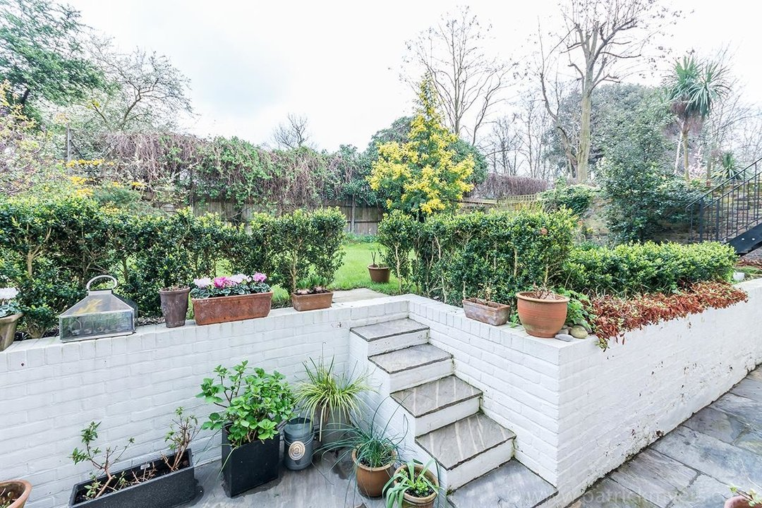 Flat/Apartment Sold in Camberwell Grove, SE5 28 view14