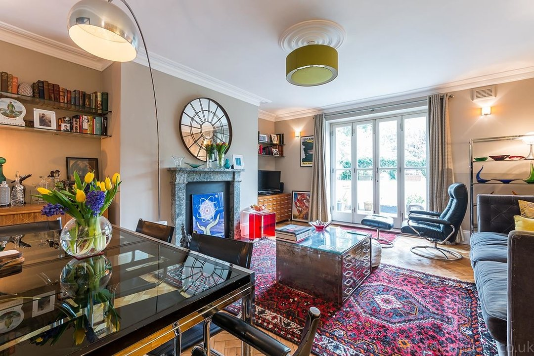 Flat/Apartment Sold in Camberwell Grove, SE5 28 view2