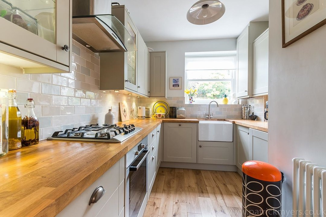 Flat/Apartment Sold in Camberwell Grove, SE5 28 view6