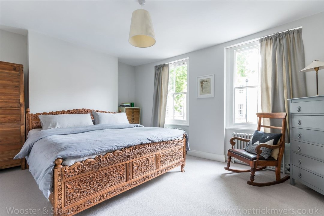 House - Terraced For Sale in Camberwell Grove, SE5 299 view9