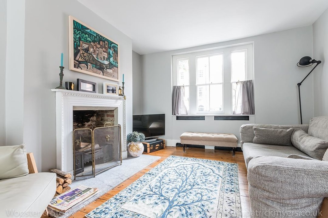 House - Terraced For Sale in Camberwell Grove, SE5 299 view2