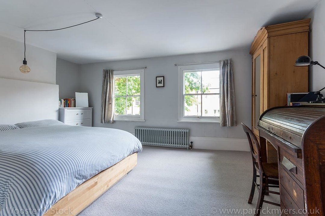 House - Terraced For Sale in Camberwell Grove, SE5 299 view20
