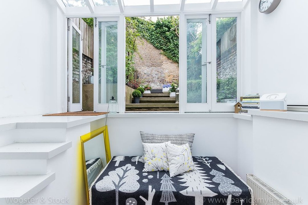 House - Terraced For Sale in Camberwell Grove, SE5 299 view15