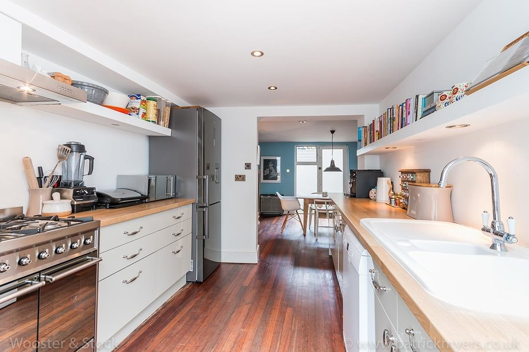 House - Terraced For Sale in Camberwell Grove, SE5 299 view7
