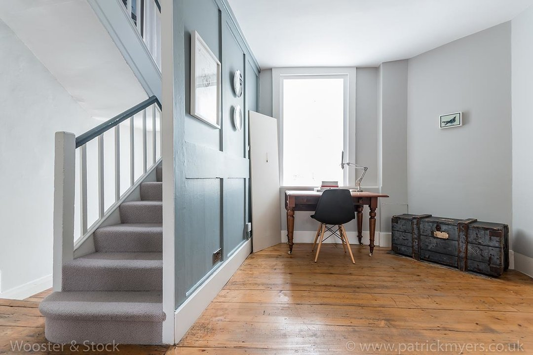 House - Terraced For Sale in Camberwell Grove, SE5 299 view4