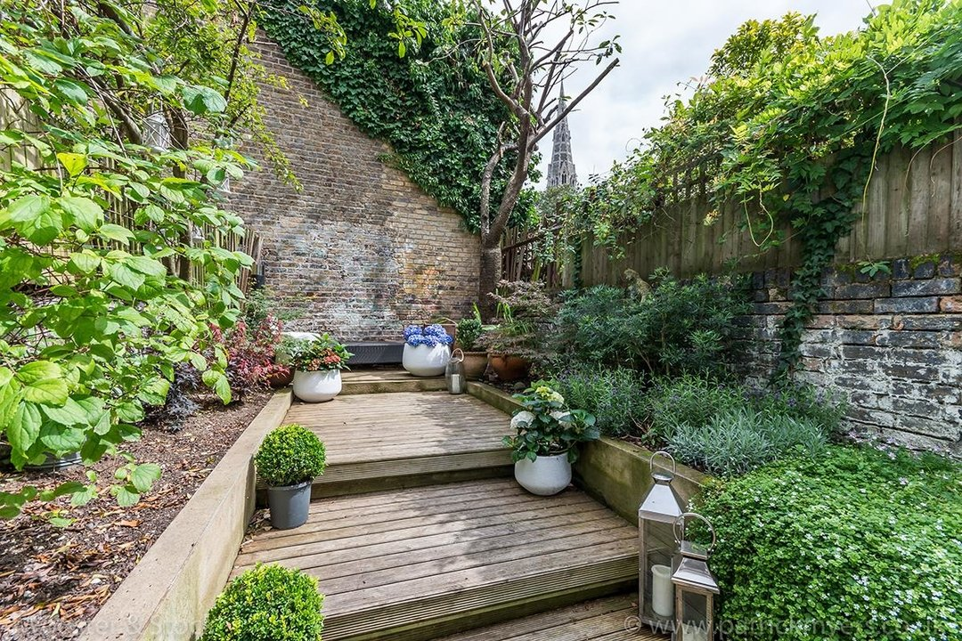 House - Terraced For Sale in Camberwell Grove, SE5 299 view14
