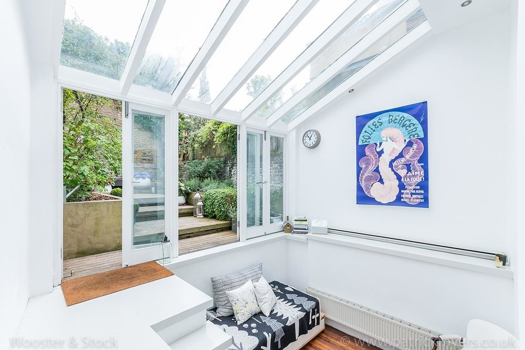 House - Terraced For Sale in Camberwell Grove, SE5 299 view19