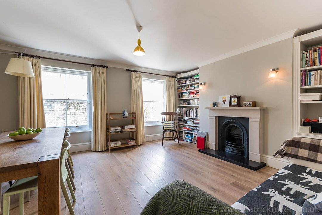 Flat/Apartment Sale Agreed in Camberwell Grove, SE5 31 view3
