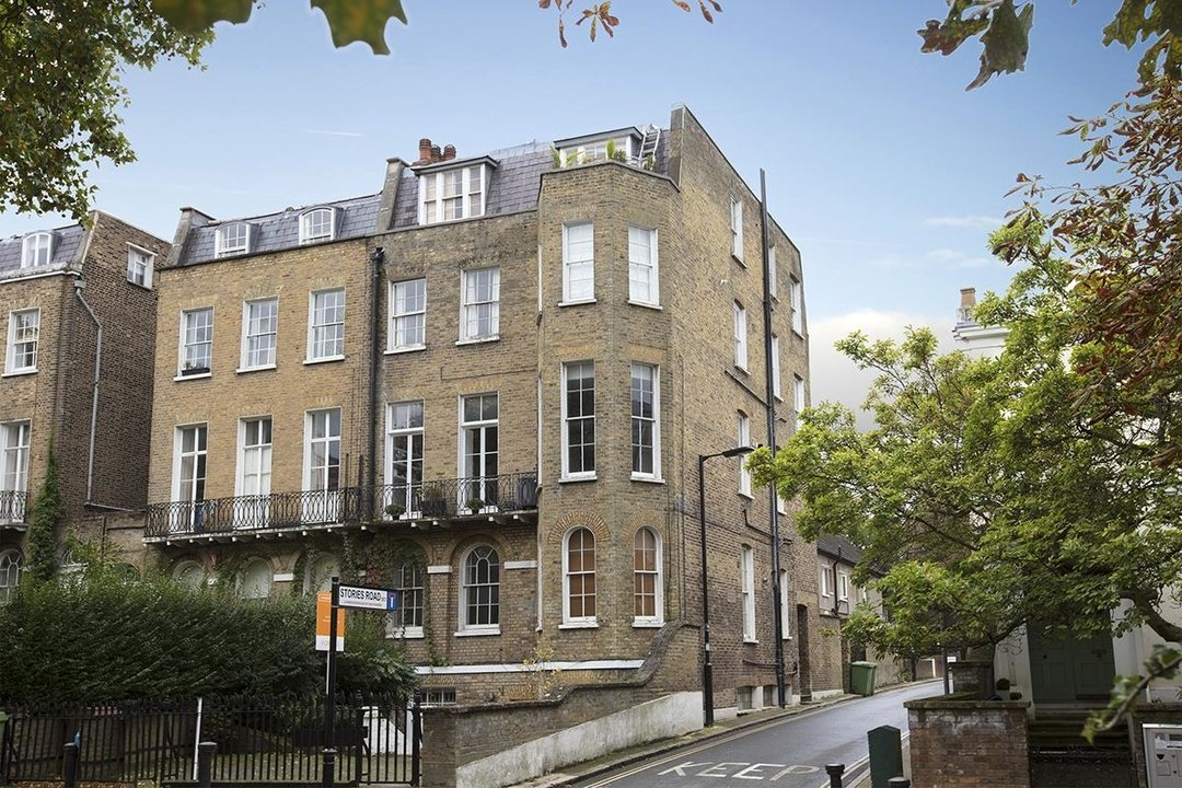 Flat/Apartment For Sale in Camberwell Grove, SE5 63 view1
