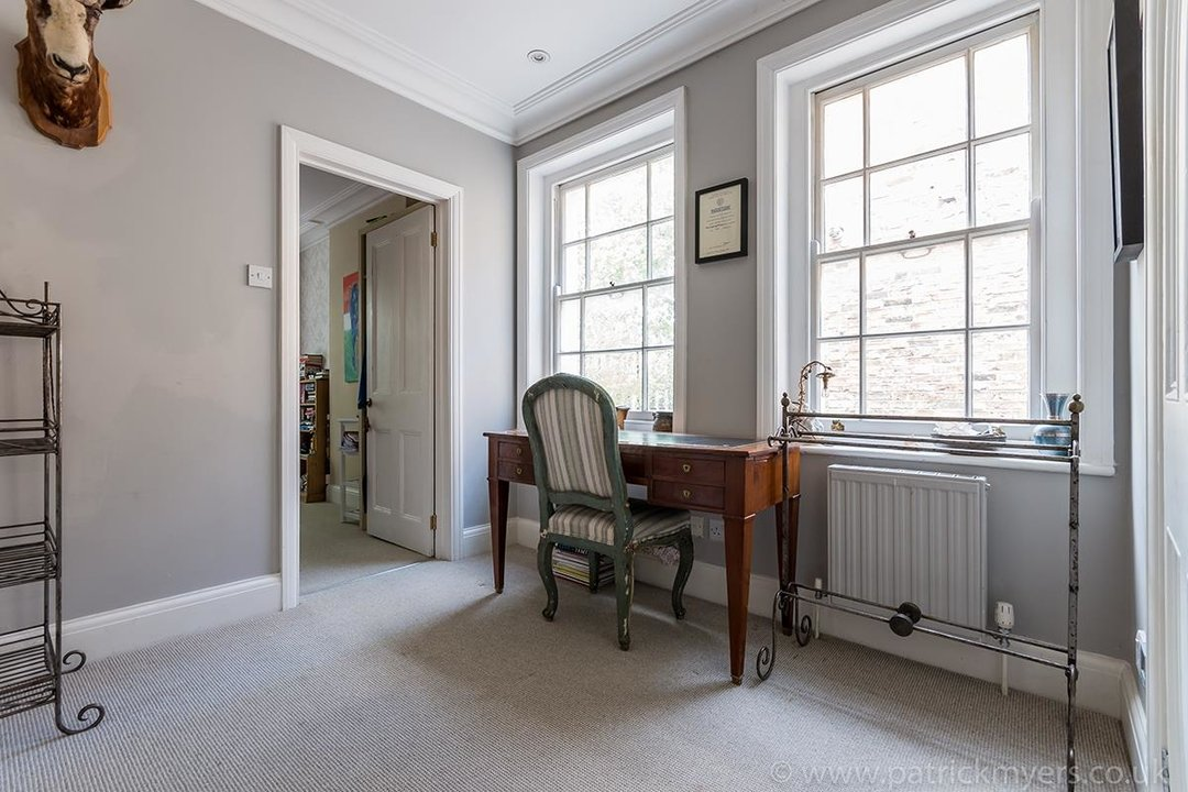 House - End Terrace For Sale in Camberwell Grove, SE5 85 view13