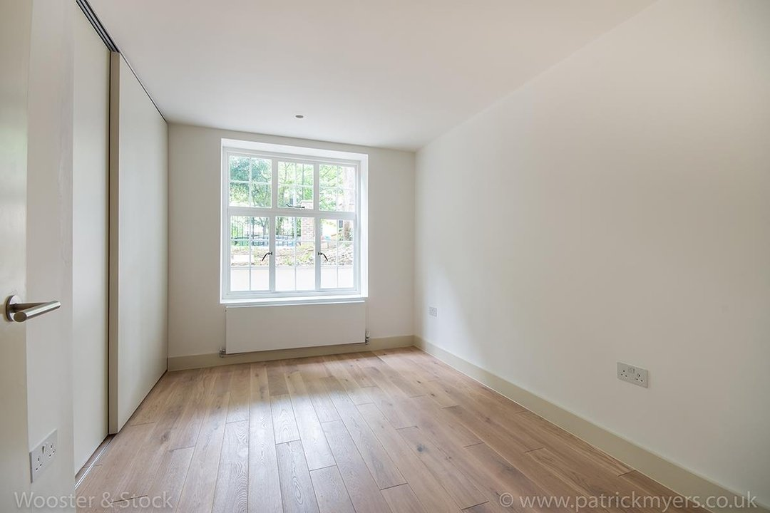 Flat - Conversion Sale Agreed in Camberwell Grove, SE5 96 view7