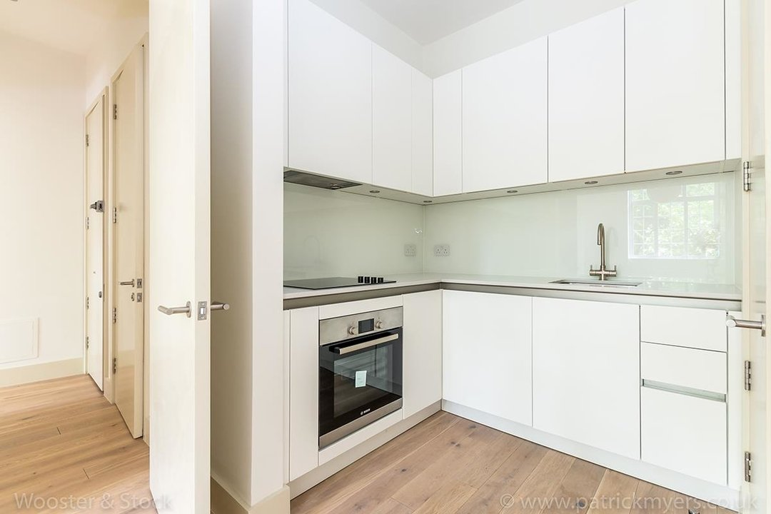 Flat - Conversion Sale Agreed in Camberwell Grove, SE5 97 view3