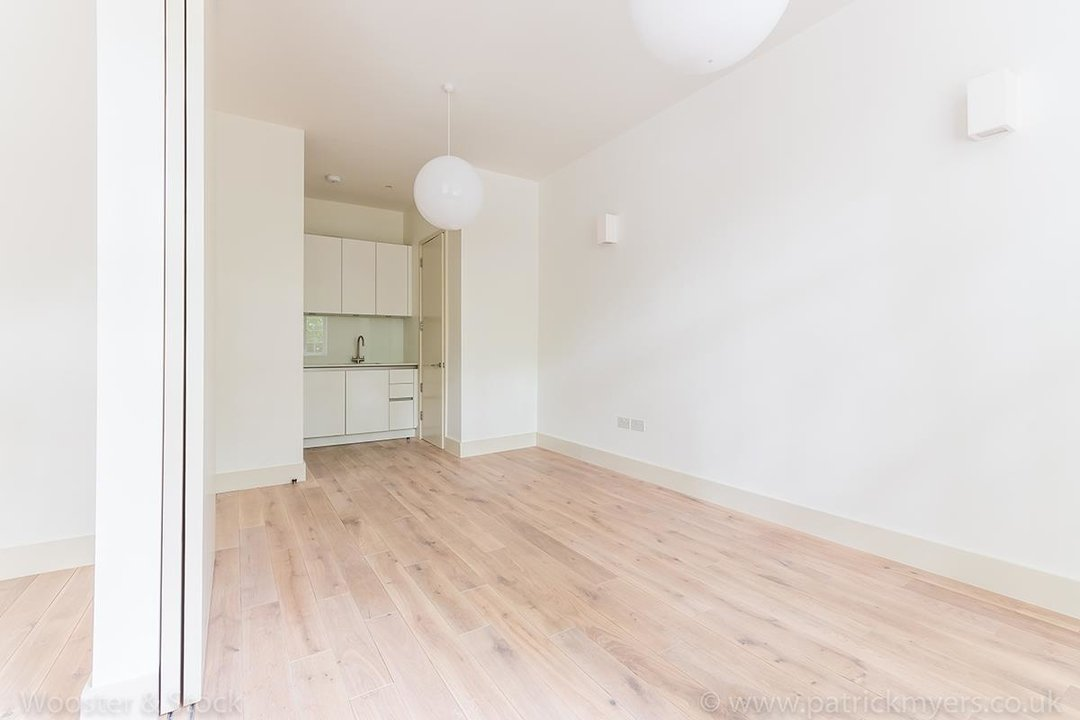 Flat - Conversion Sale Agreed in Camberwell Grove, SE5 97 view8