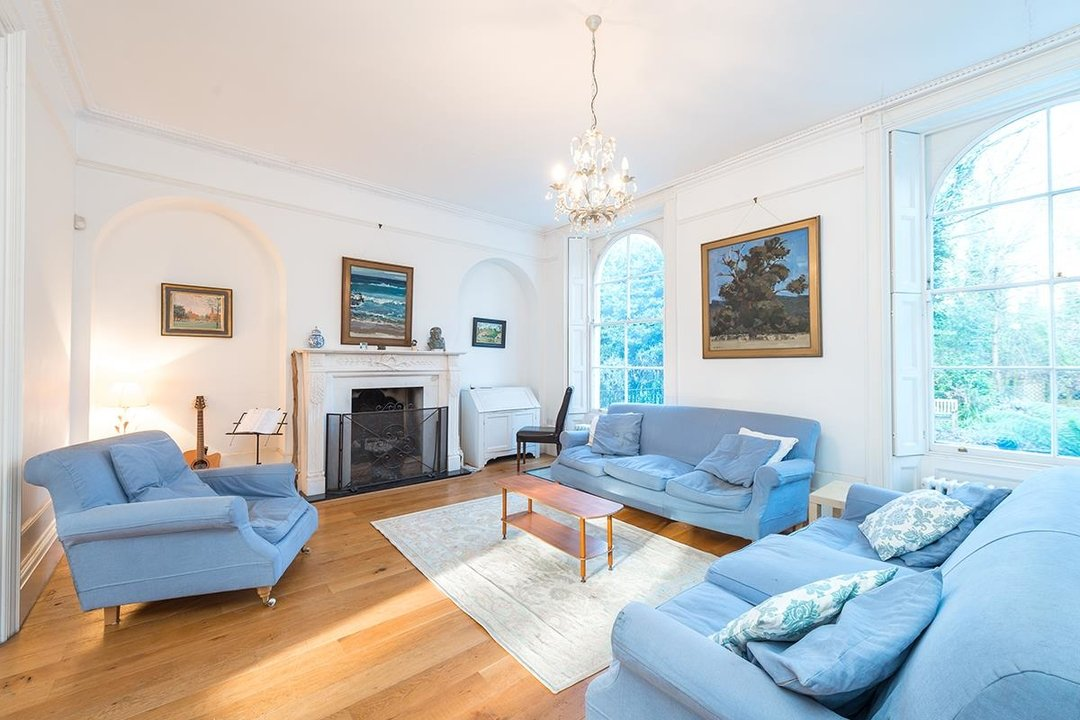 House - Terraced Sold in Camberwell Grove 192 view2