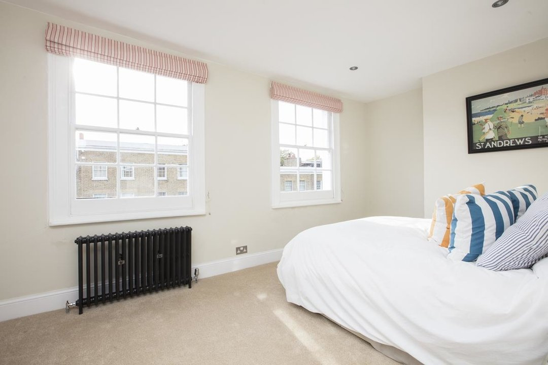 House - End Terrace Sale Agreed in Camberwell New Road, SE5 223 view23