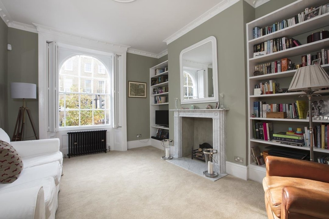 House - End Terrace Sale Agreed in Camberwell New Road, SE5 223 view3