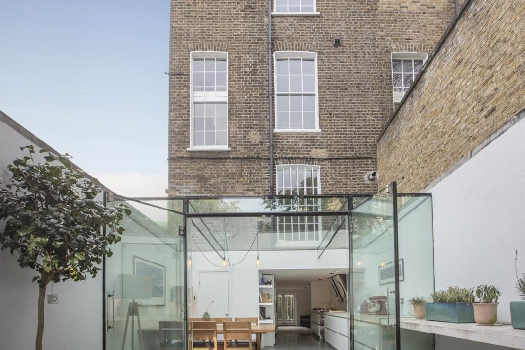 House - End Terrace Sale Agreed in Camberwell New Road, SE5 223 view7