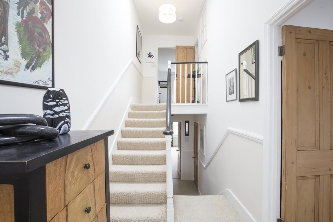 House - Semi-Detached Sale Agreed in Carden Road, SE15 224 view24