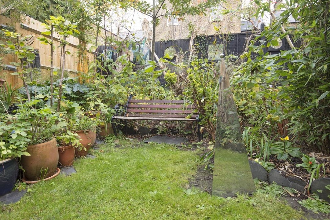 House - Semi-Detached Sale Agreed in Carden Road, SE15 224 view26