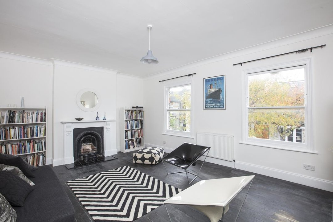House - Semi-Detached Sale Agreed in Carden Road, SE15 224 view16