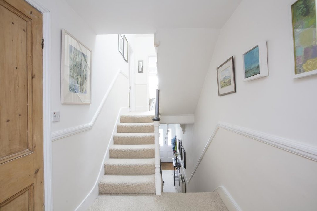 House - Semi-Detached Sale Agreed in Carden Road, SE15 224 view13