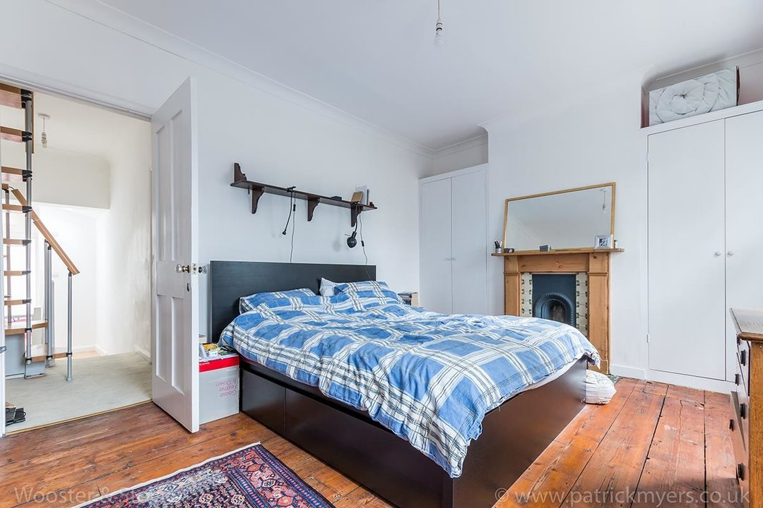 House - Terraced Sold in Chadwick Road, SE15 117 view8