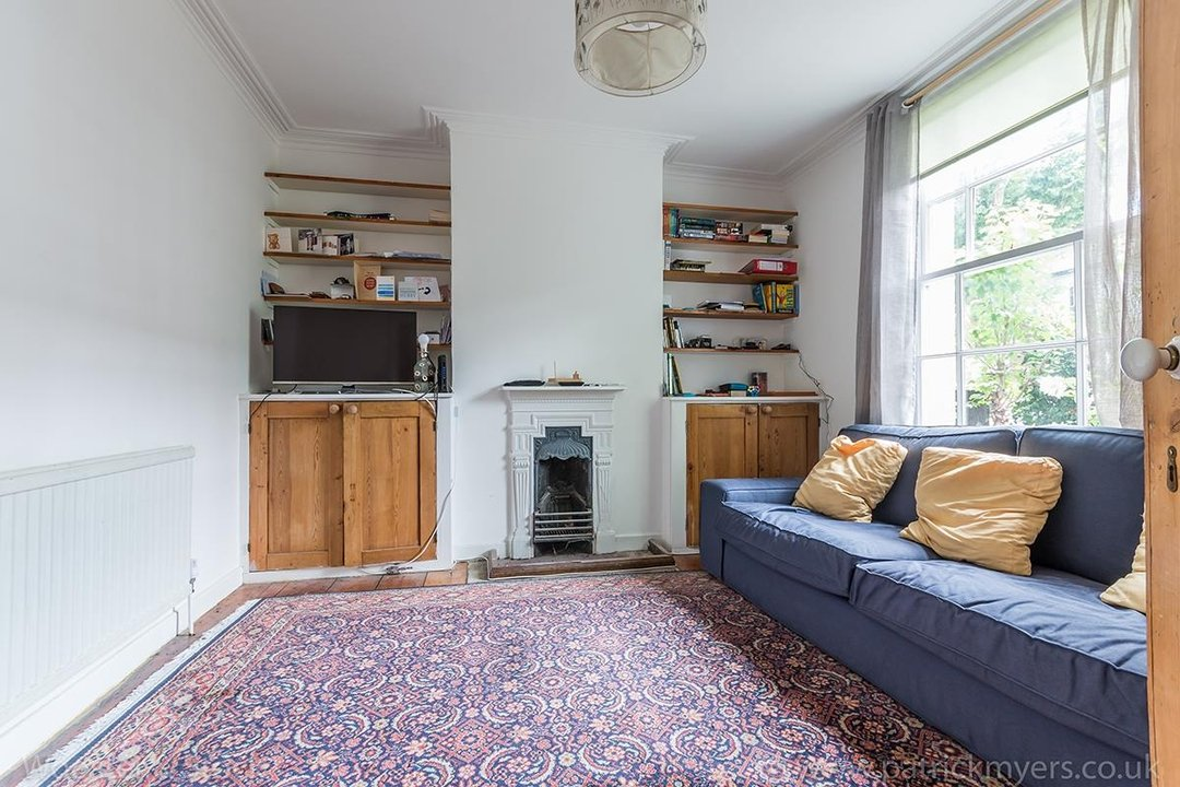 House - Terraced Sold in Chadwick Road, SE15 117 view3