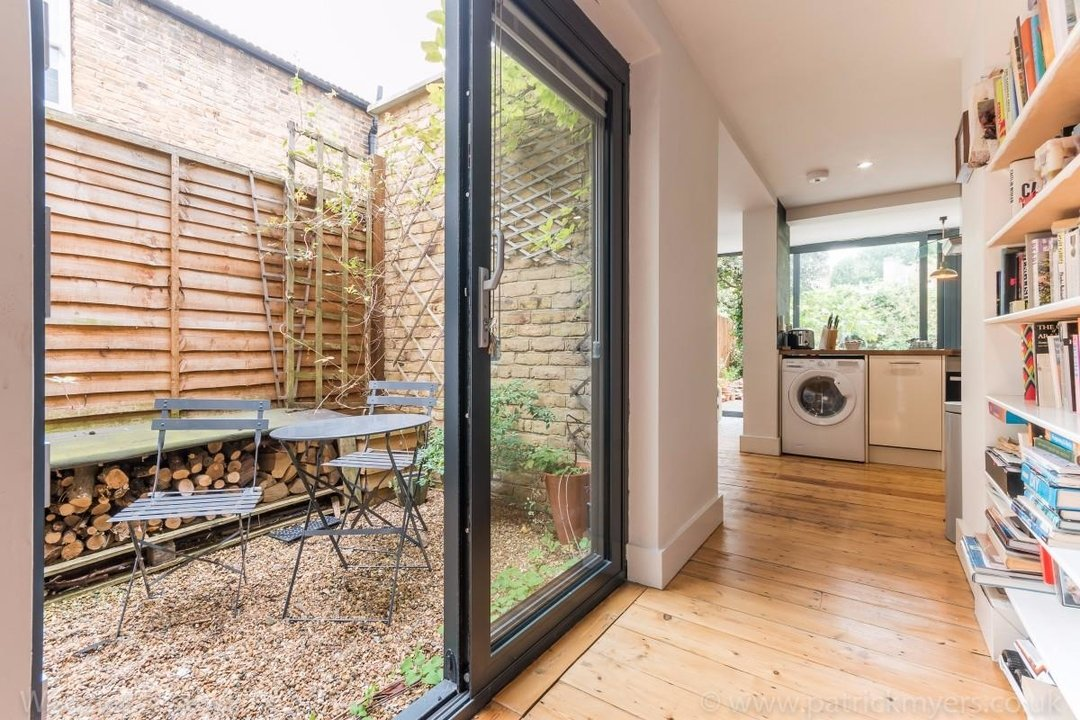 Flat - Conversion Sale Agreed in Choumert Road, SE15 180 view17