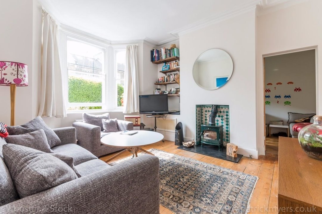 Flat - Conversion Sale Agreed in Choumert Road, SE15 180 view3