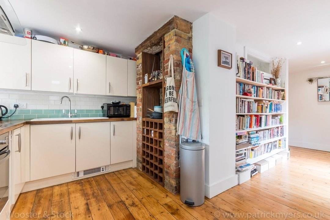 Flat - Conversion Sale Agreed in Choumert Road, SE15 180 view6