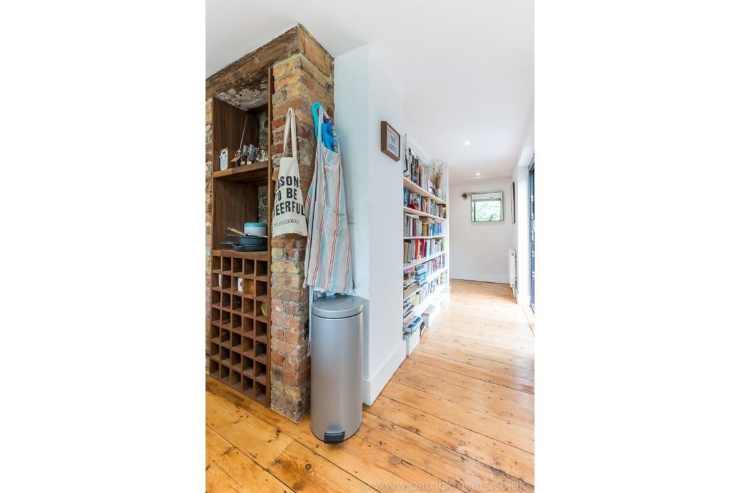 Flat - Conversion Sale Agreed in Choumert Road, SE15 180 view14