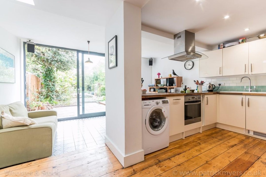 Flat - Conversion Sale Agreed in Choumert Road, SE15 180 view5