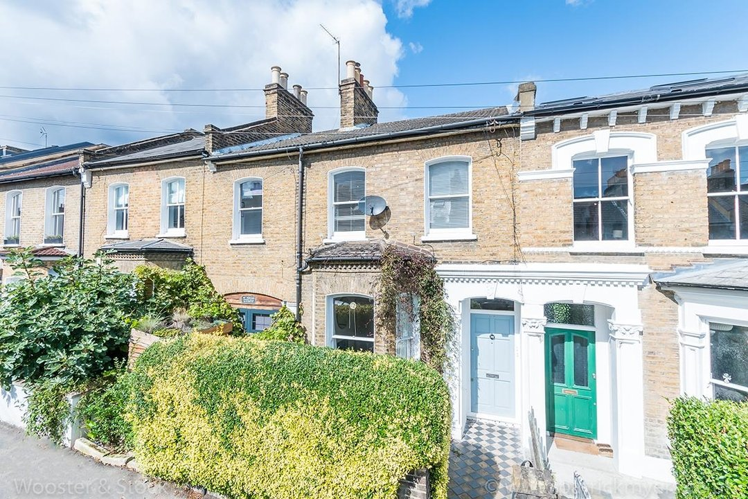 Flat - Conversion Sale Agreed in Choumert Road, SE15 180 view1