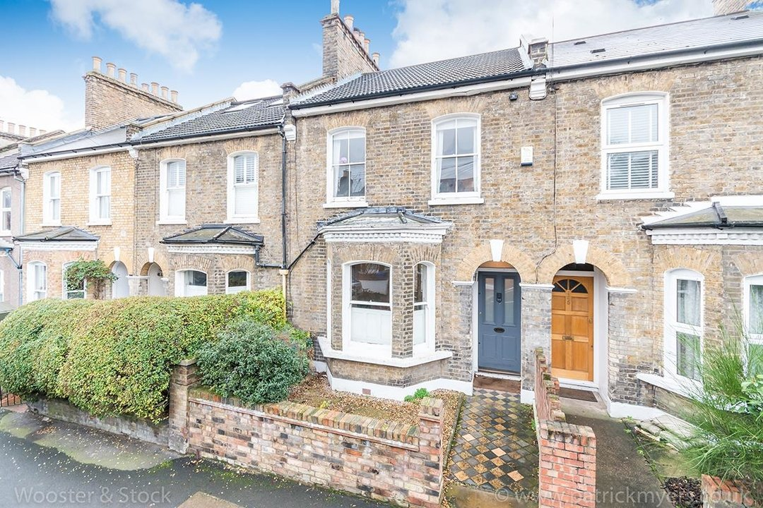 House - Terraced Sale Agreed in Choumert Road, SE15 246 view1