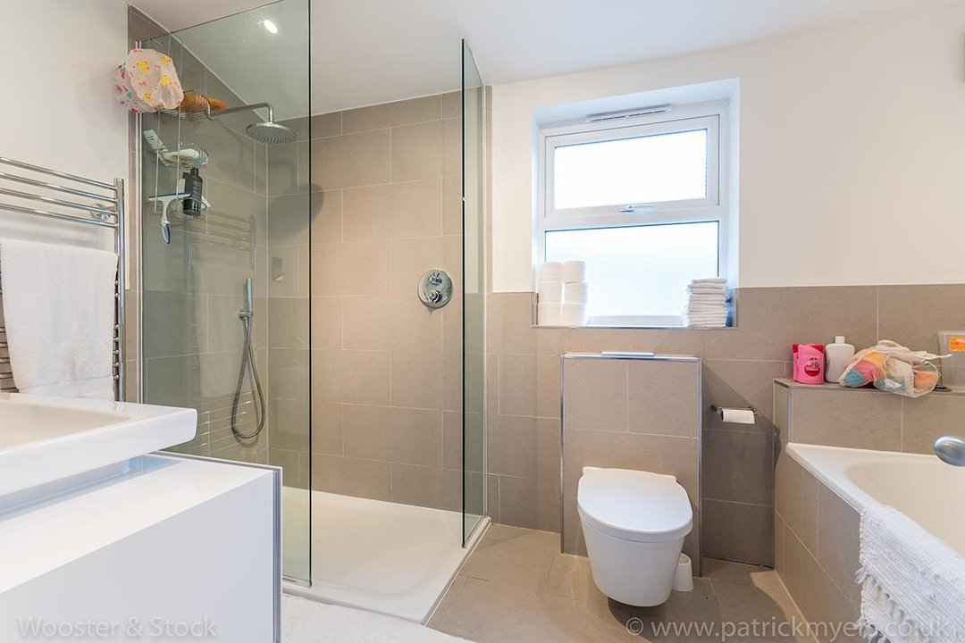 House - Terraced Sale Agreed in Choumert Road, SE15 246 view17