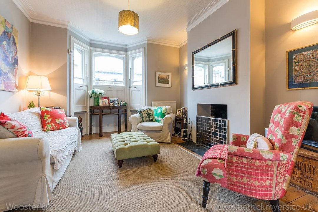 House - Terraced Sale Agreed in Choumert Road, SE15 246 view4