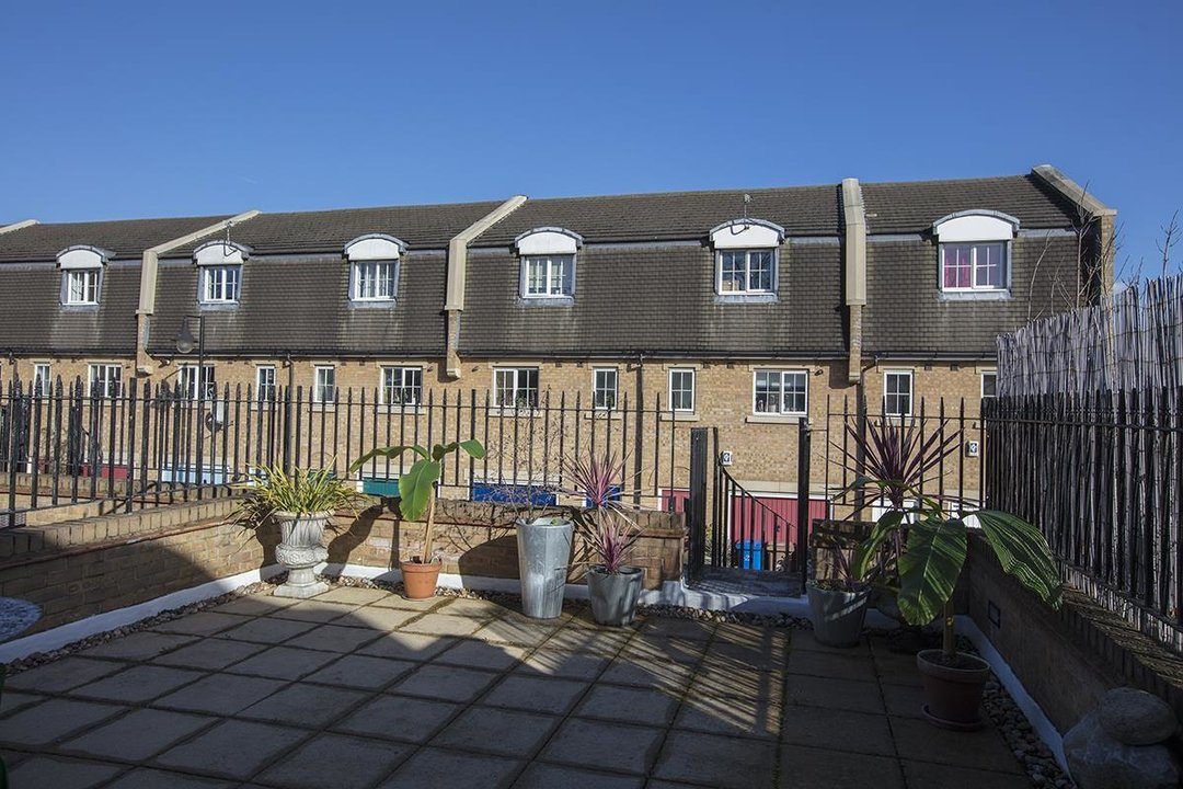 House - Terraced For Sale in Coleman Road, SE5 269 view16