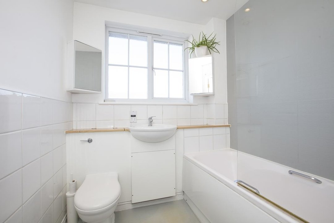 House - Terraced For Sale in Coleman Road, SE5 269 view13