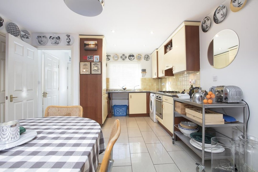 House - Terraced For Sale in Coleman Road, SE5 269 view4