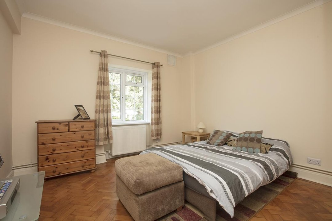 Flat - Purpose Built For Sale in Crystal Palace Park Road, SE26 170 view5