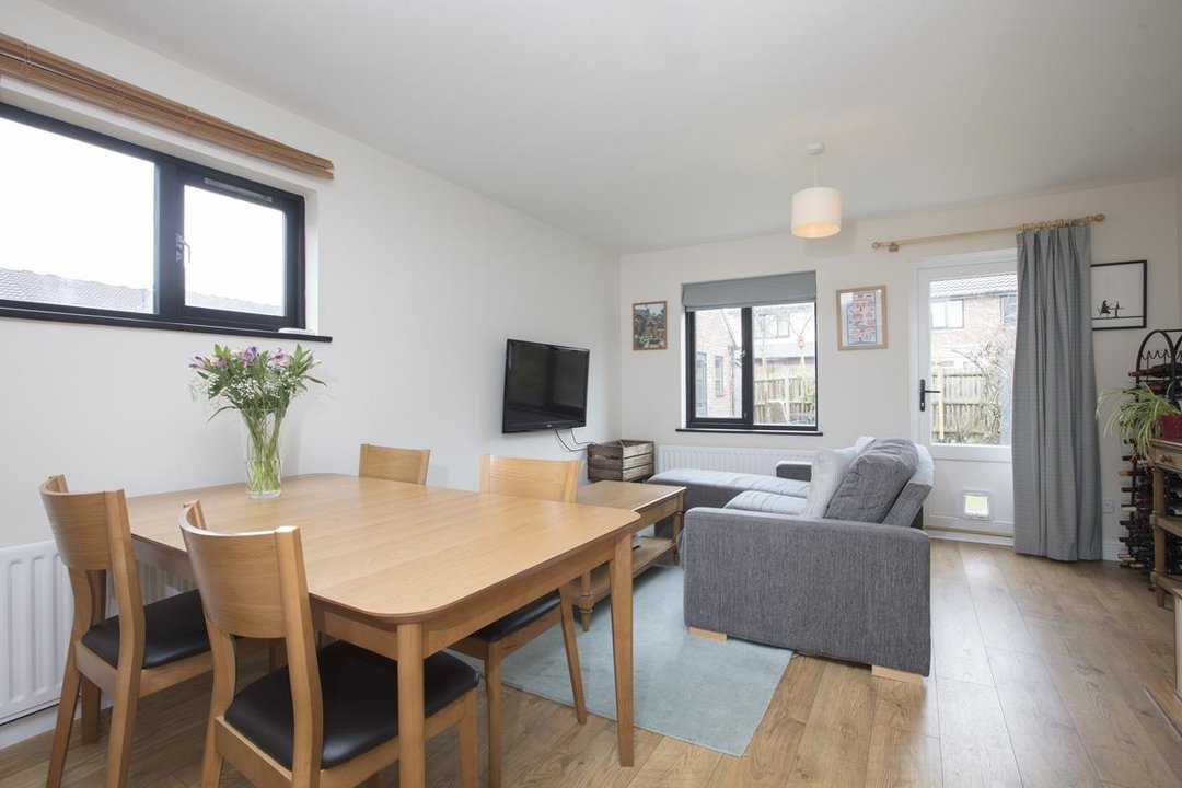 House - Link Detached For Sale in Cuthill Walk, SE5 274 view5