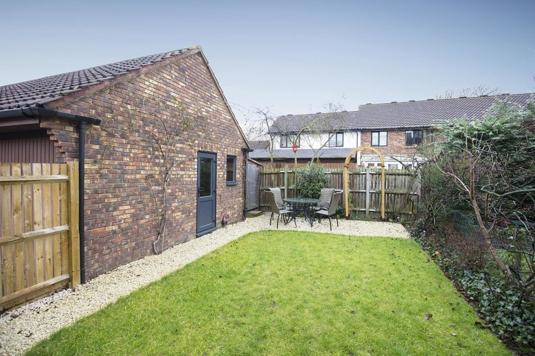 House - Link Detached For Sale in Cuthill Walk, SE5 274 view3