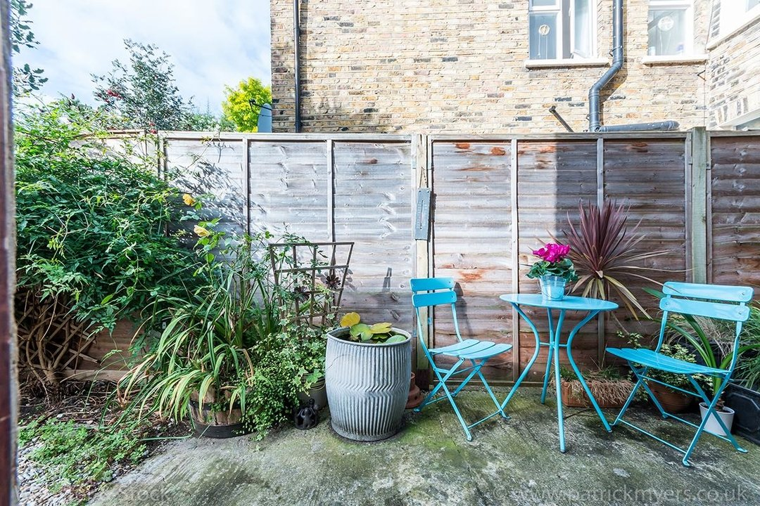 House - Terraced For Sale in Danby Street, SE15 195 view17