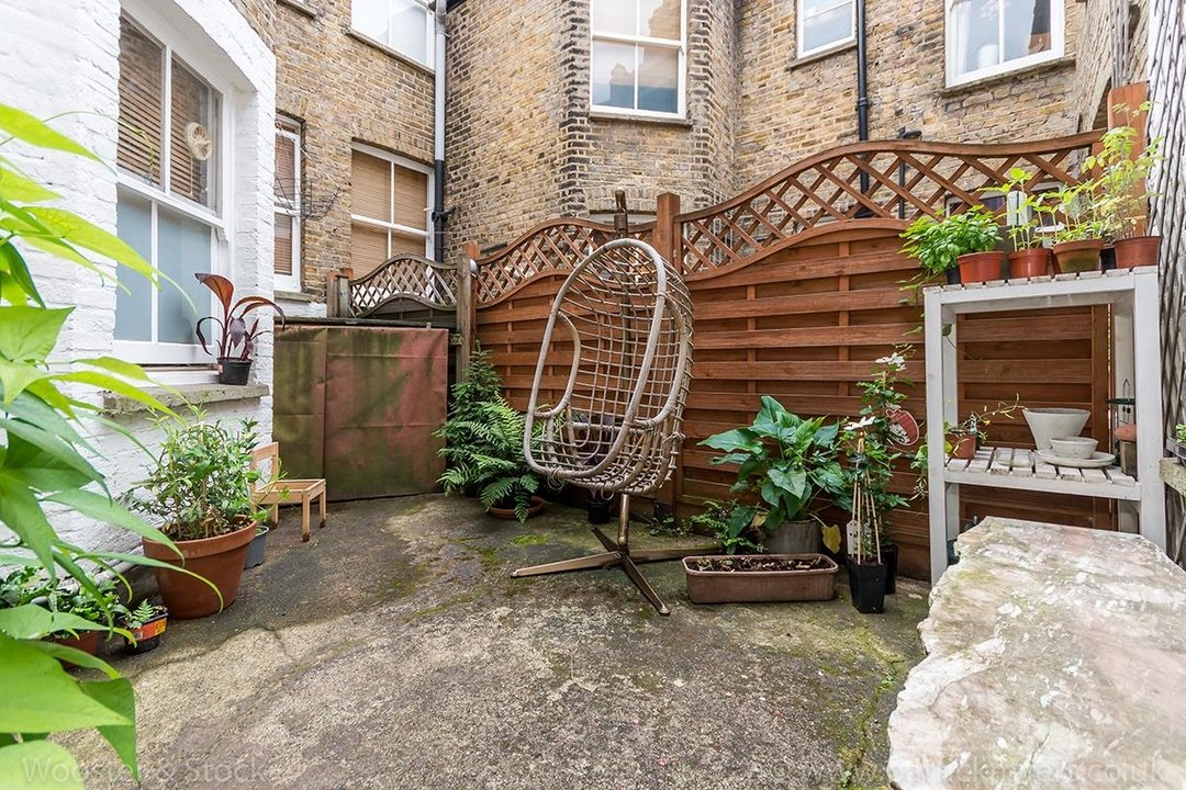 Flat/Apartment For Sale in Denman Road, SE15 130 view11