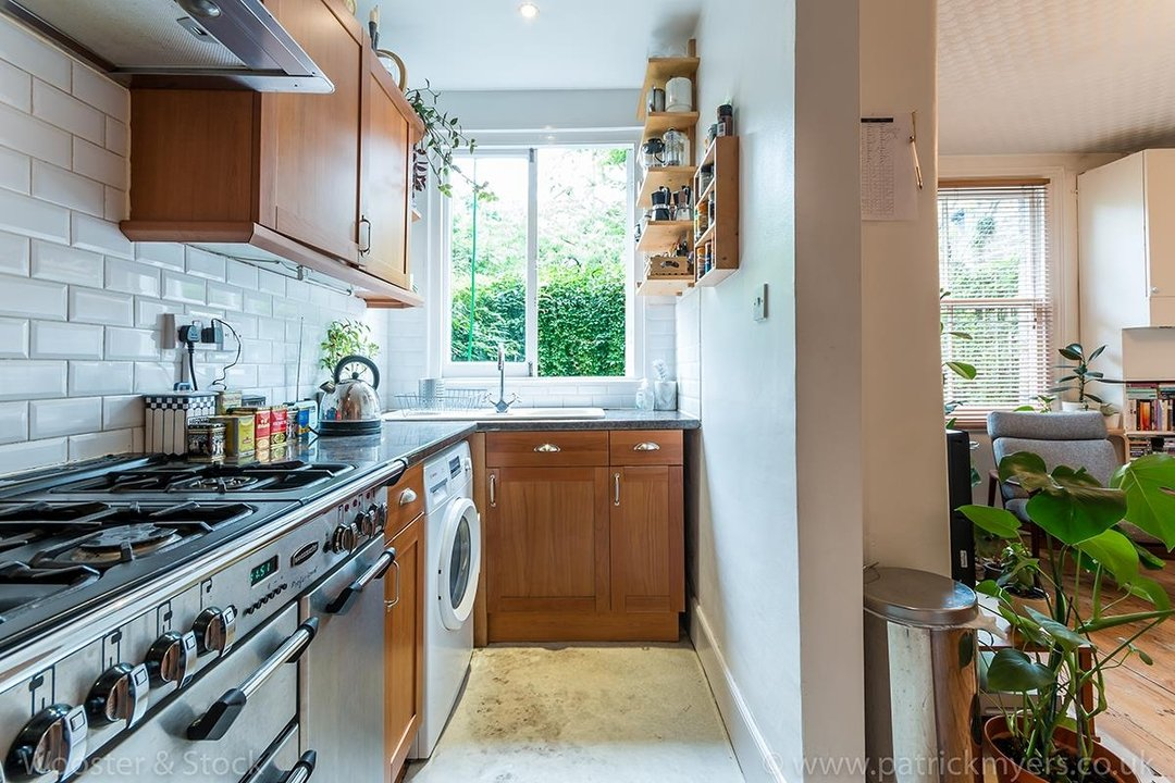 Flat/Apartment For Sale in Denman Road, SE15 130 view5